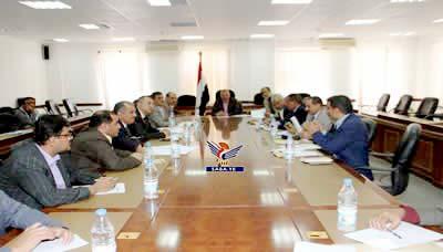 Photo of اجتماع حكومي برئاسة نائب رئيس الوزراء لمناقشة أداء الوزارات الخدمية26-2-2019م