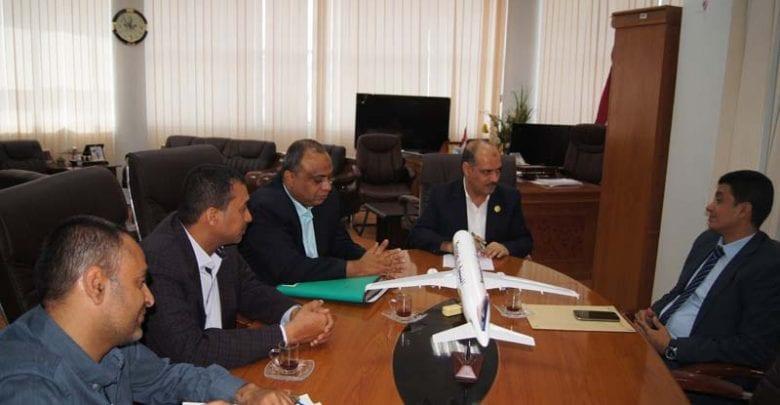 Photo of اجتماع برئاسة وزير النقل يناقش خطط مؤسسة موانئ البحر الأحمر اليمنية