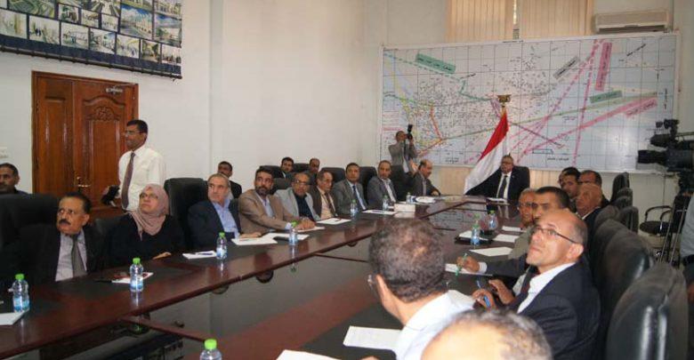 Photo of رئيس الوزراء يجتمع بقيادات وزارة النقل 15-07-2019م