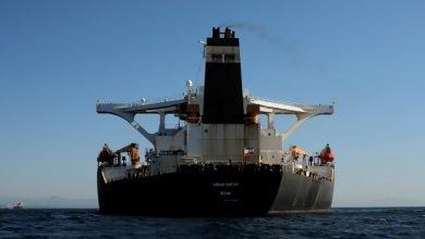 Photo of موقع بريطاني: ناقلة النفط الإيرانية أفرغت حمولتها بسوريا