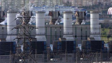 Photo of وزارة الكهرباء: احتجاز سفن النفط يضاعف المأساة الإنسانية للشعب اليمني