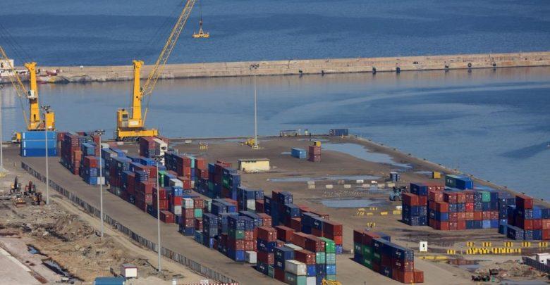 Photo of وصول أربع سفن تحمل 94 ألفاً و615 طناً من المشتقات النفطية إلى ميناء الحديدة