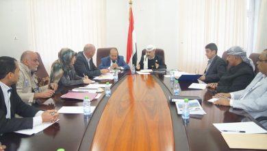 Photo of وزارة النقل تناقش المصفوفة التنفيذية لإعادة تأهيل ميناء الحديدة
