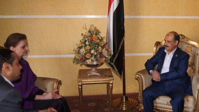 Photo of وزير النقل ـ يلتقي نائب رئيس بعثة الأمم المتحدة لدعم اتفاق الحديدة 01 02 2020